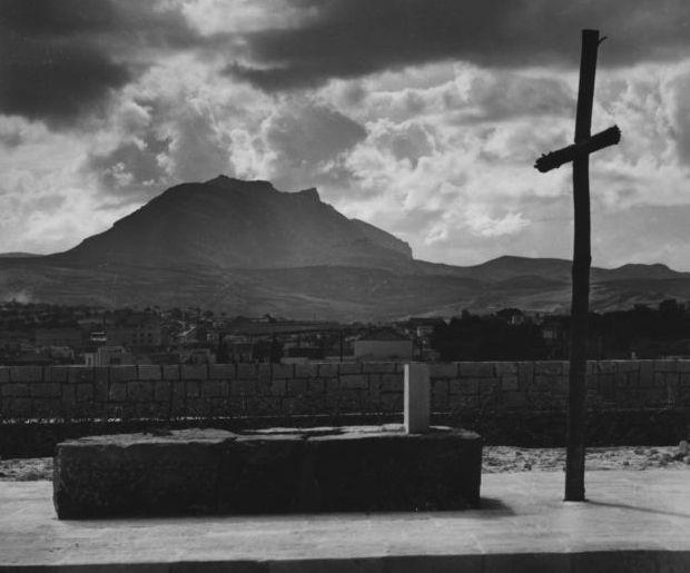 Ο Τάφος του Νίκου Καζαντζάκη στον προμαχώνα Μαρτινέγκο